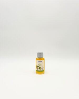 L'huile végétale de Jojoba est le soin idéal pour les cheveux secs
